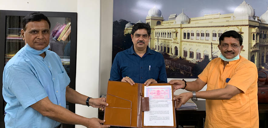 Technology transfer agreement between University of Lucknow and Toral Herbal for the Sanitizer prepared by Dept of Chemistry